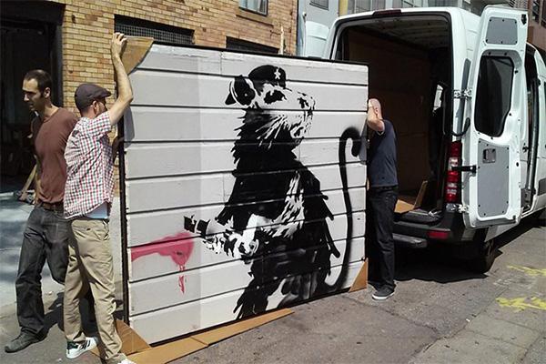 BANKSY ศิลปิน Graffiti ชื่อดัง